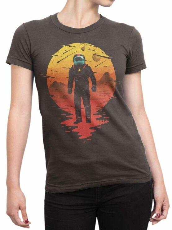 0946 NASA Shirt Astronaut Front Woman