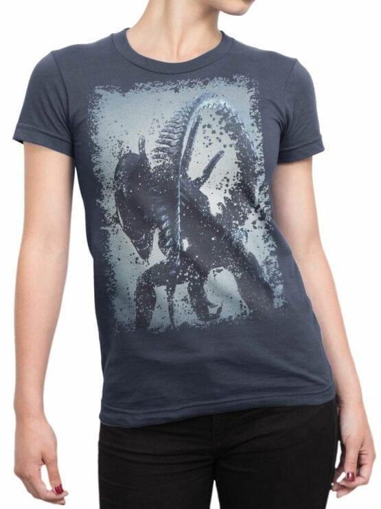 1229 Alien T Shirt Tail Front Woman