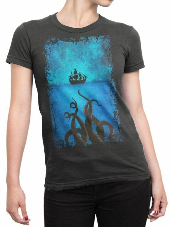 1377 Pirates of the Caribbean T Shirt Kraken Front Woman